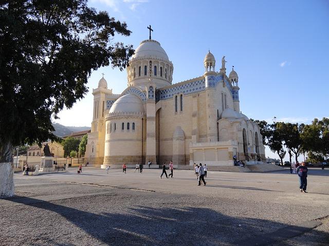 ATL > Algiers, Algeria: $654 round-trip – Oct-Dec