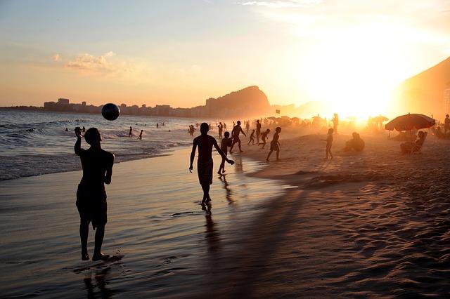 BNA > Rio de Janeiro, Brazil: $1102 round-trip – Oct-Dec (Including Thanksgiving)