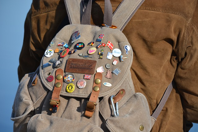 [SOLD OUT] 2 dozen options to JGOOT before backpacks get used for carrying books again.