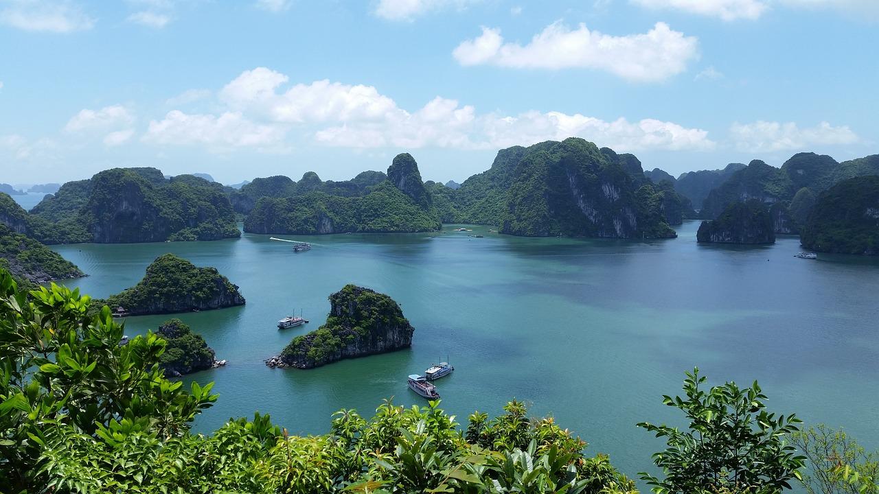 DEN > Vietnam: $181 round-trip