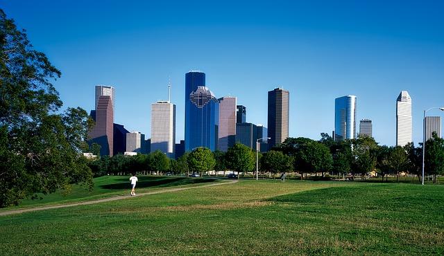 DEN > Houston, Texas: $67 round-trip- Apr-Jun
