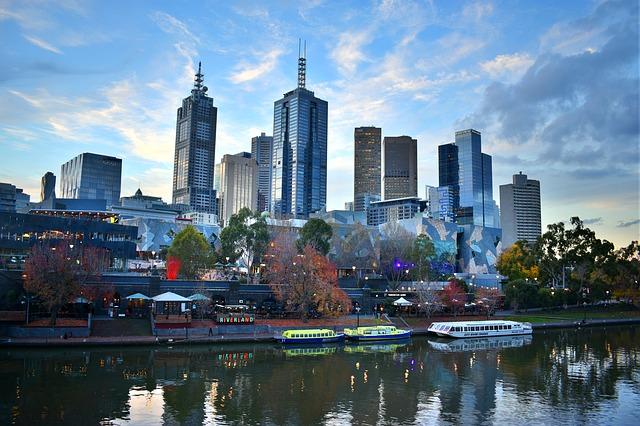 DEN > Melbourne, Australia: $1078 round-trip- Aug-Oct
