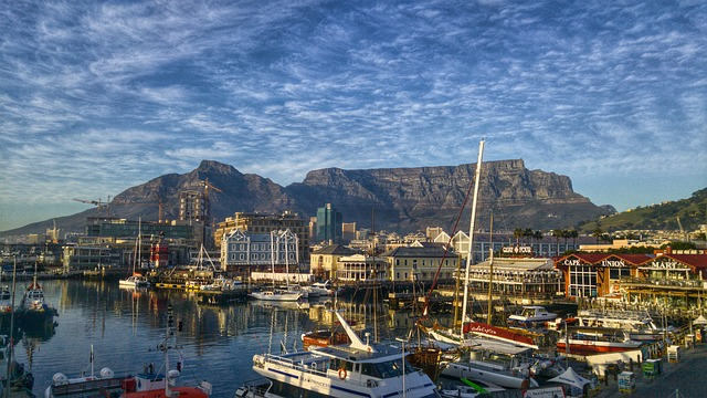 LAX > Cape Town, South Africa: $822 round-trip- Oct-Dec