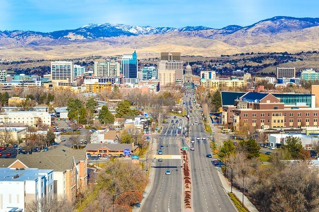 LAX > Boise, Idaho: $146 round-trip – Jun-Aug (Including Summer Break)