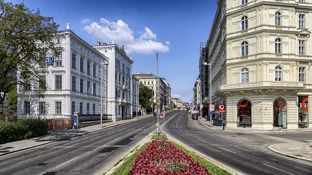 MIA > Vienna, Austria: $528 round-trip – Feb-Apr (Including Spring Break)