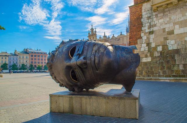 EWR > Krakow, Poland: $508 round-trip- Sep-Nov