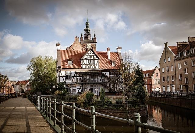 EWR > Gdansk, Poland: Flight & 9 nights: $687- Jan-Mar [SOLD OUT]