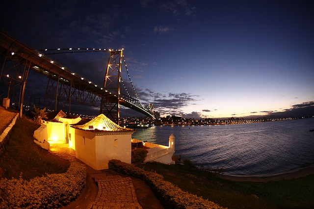 JFK > Florianopolis, Brazil: $651 round-trip- Sep-Nov (Including Fall Break)