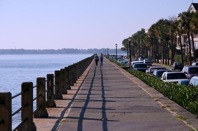 EWR > Charleston, South Carolina: $137 round-trip
