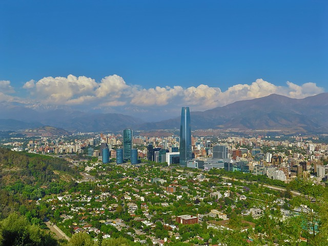 PHX > Santiago, Chile: Flight & 9 nights: $1,279 – May-Jul (Including Summer Break) [SOLD OUT]