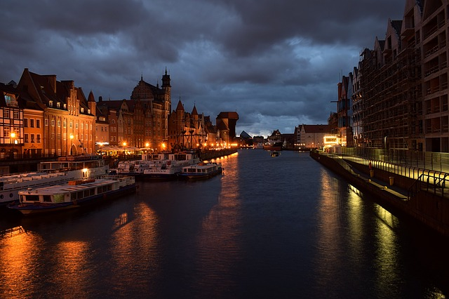 RDU > Gdansk, Poland: Flight & 12 nights: $967- Apr-Jun