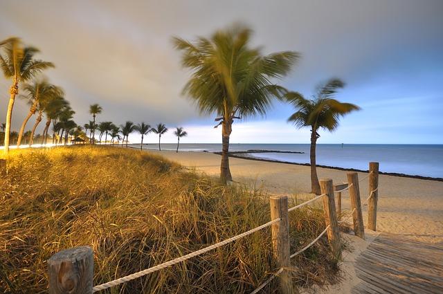 RDU > West Palm Beach, Florida: $68 round-trip- May-Jul (Including Summer Break)