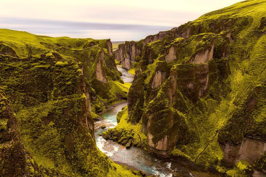 MSP > Reykjavik, Iceland: Flight & 6 nights: $605- Mar-May