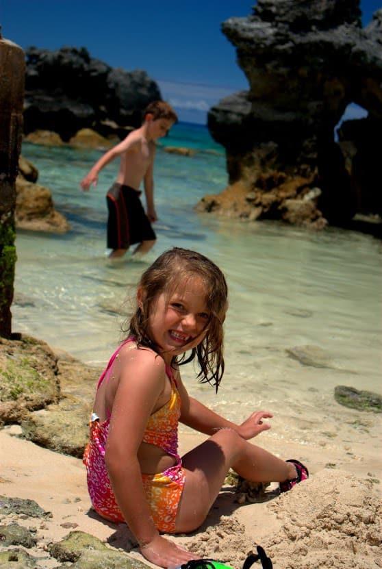 MIA > Hamilton, Bermuda: Flight & 4 nights: $560 – Jun-Aug (Including Summer Break)