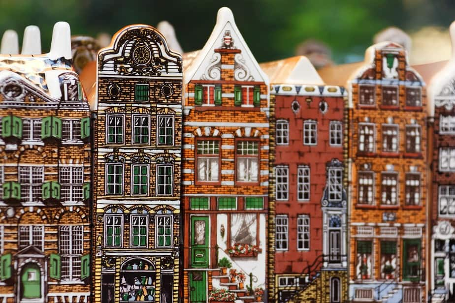 SEA > Amsterdam, Netherlands: From $554 round-trip – Sep-Nov (Including Fall Break)