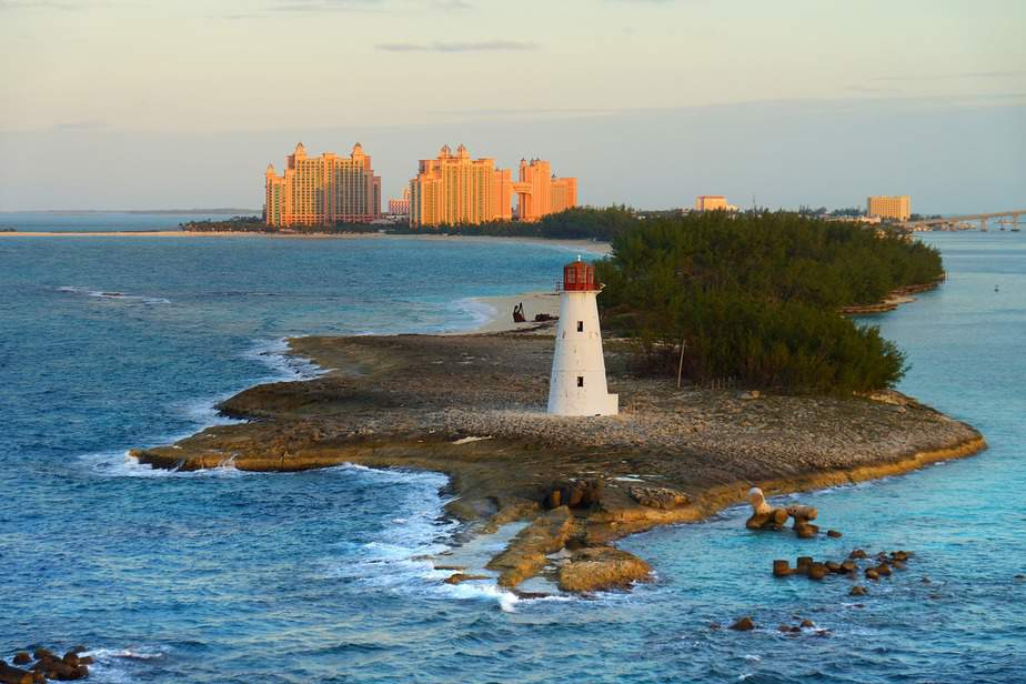 BNA > Nassau, The Bahamas: $299 round-trip  – Feb-Apr