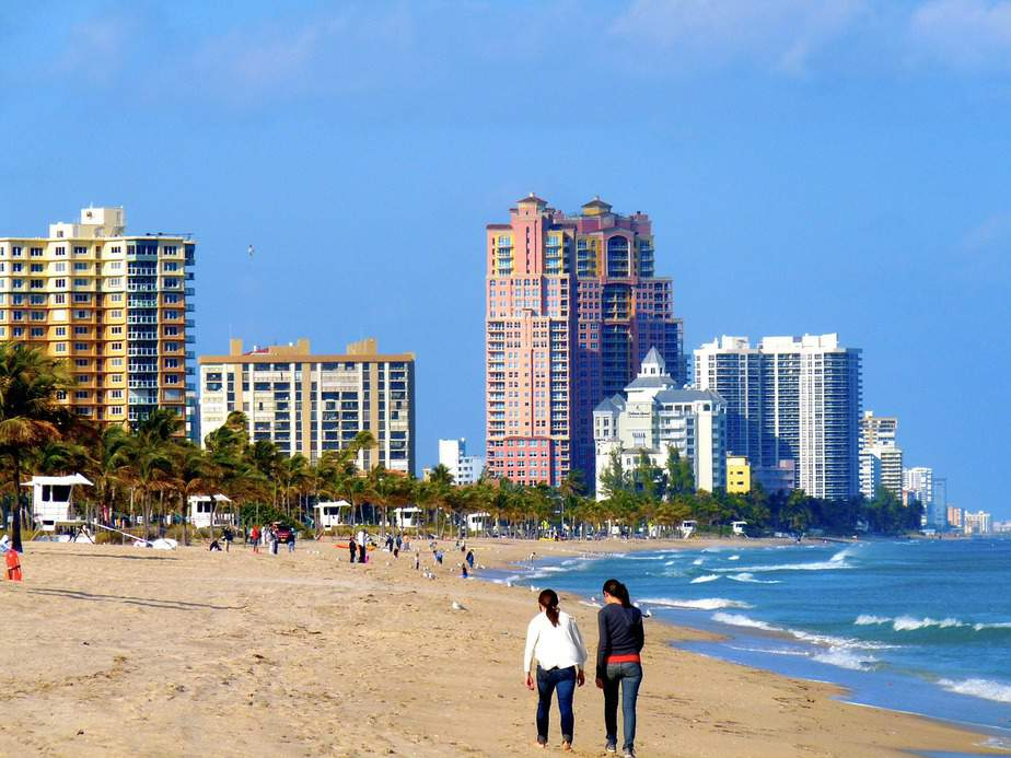 EWR > Fort Lauderdale, Florida: $90 round-trip – Aug-Oct