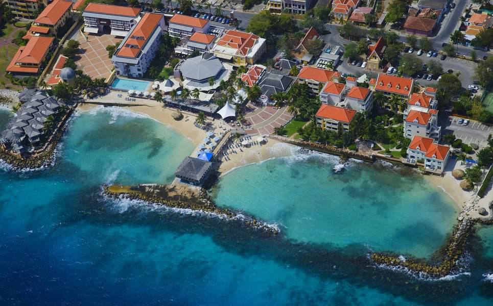 SFO > Willemstad, Curaçao: $415 round-trip – Jan-Mar