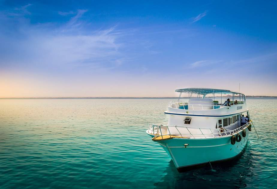 PHX > George Town, Cayman Islands: From $435 round-trip – Oct-Dec