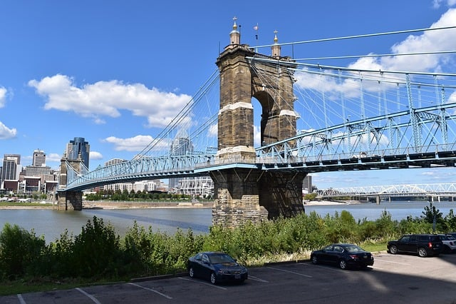 DEN > Cincinnati, Ohio: From $74 round-trip  – May-Jul (Including Summer Break)