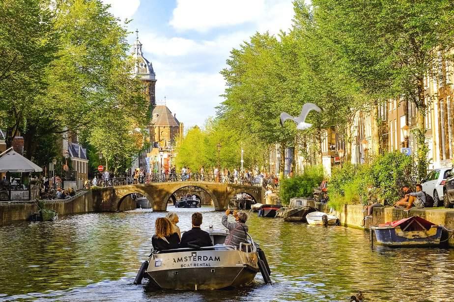 JFK > Amsterdam, Netherlands: Flight & 10 nights: $583- Dec-Feb