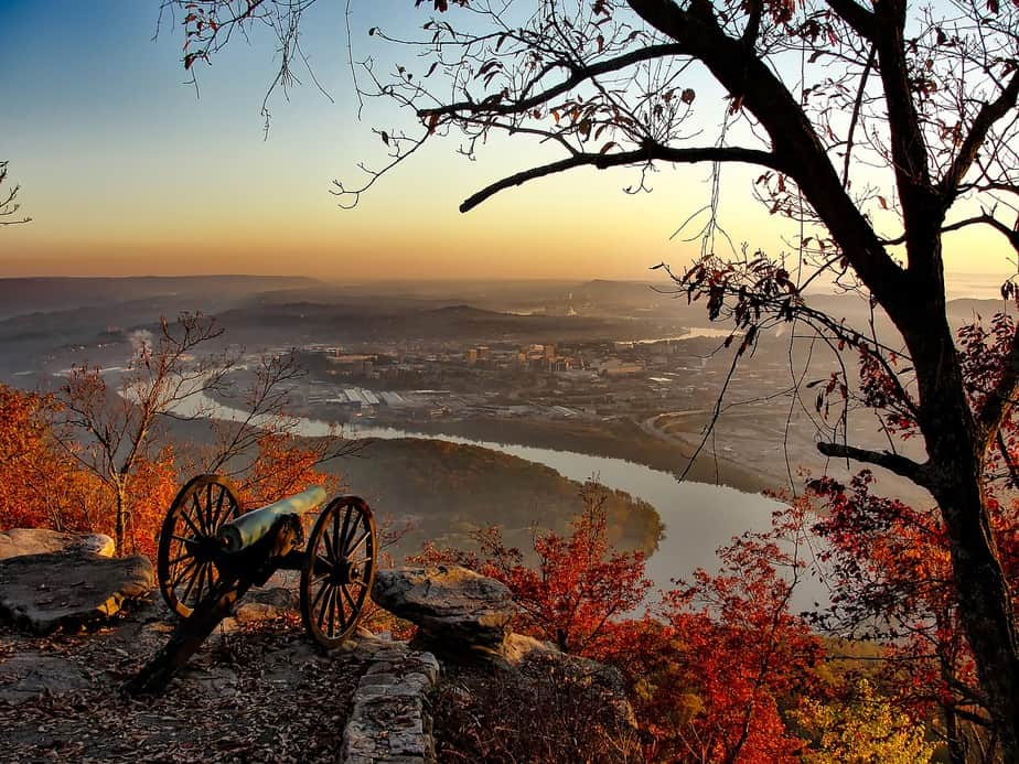 DEN > Knoxville, Tennessee: From $112 round-trip – Jun-Aug (Including Summer Break)