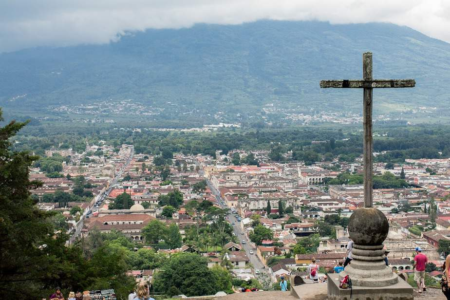 LAX > Guatemala City, Guatemala: Biz from $530 Econ from $193. – Feb-Apr