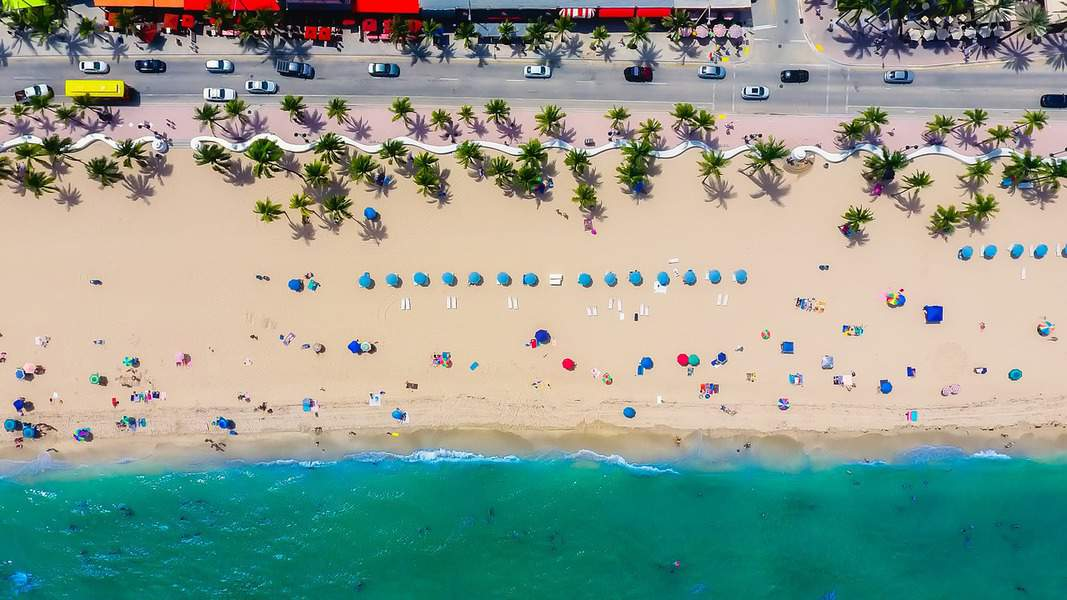 IND > Fort Lauderdale, Florida: $14 round-trip – Jul-Sep (Including Summer Break)