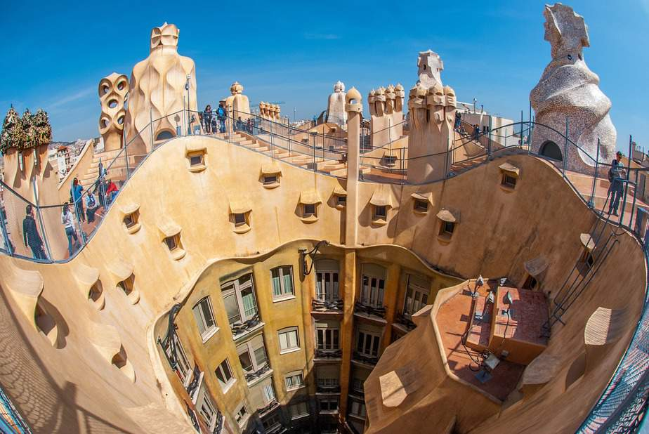 LAX > Barcelona, Spain: Econ from $467. – Feb-Apr (Including Spring Break)