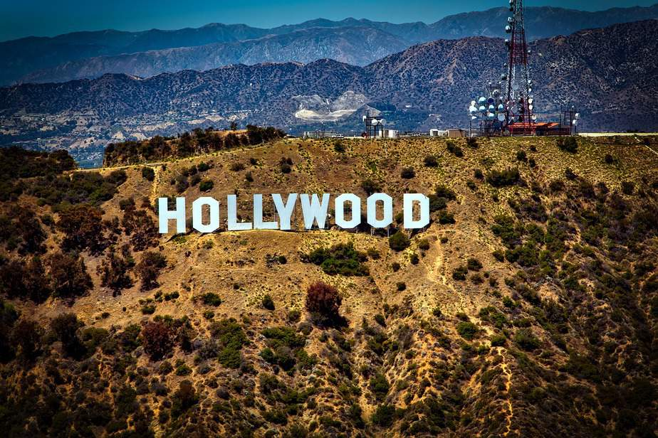 IND > Los Angeles, California: From $128 round-trip – Jun-Aug (Including Summer Break)