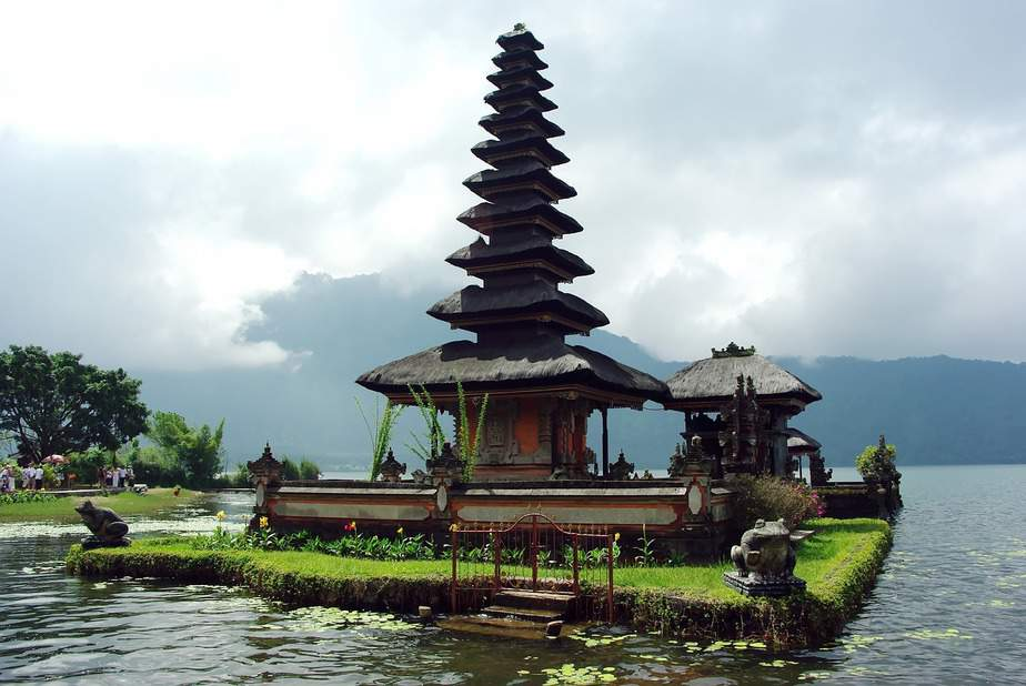 LAX > Bali, Indonesia: $484 round-trip- Aug-Oct
