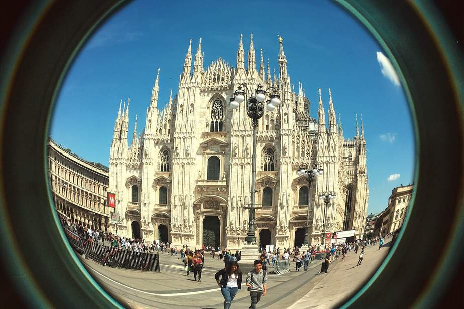 LAX > Rome, Italy: $293 round-trip – Feb-Apr