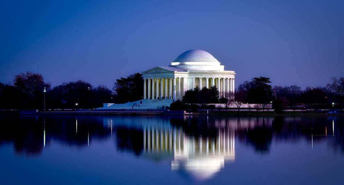 OAK > Washington, DC: $161 round-trip – Dec-Feb