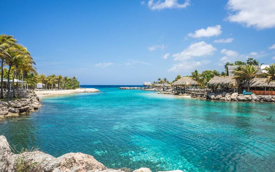 IND > George Town, Cayman Islands: From $315 round-trip