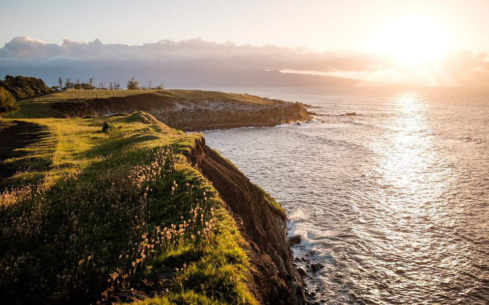 IND > Kailua Kona, Hawaii: From $484 round-trip  – Sep-Nov (Including Fall Break)