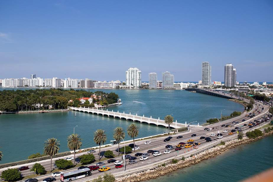LAX > Fort Lauderdale, Florida: Econ from $80. – Apr-Jun