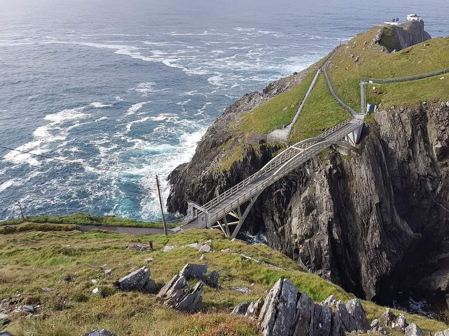 MSP > Cork, Ireland: $510 round-trip – Dec-Feb (Including MLK Weekend)