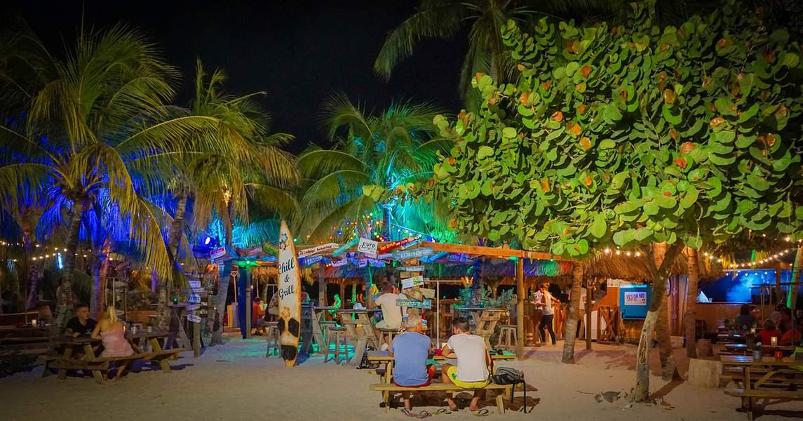 SFO > Willemstad, Curaçao: $566 round-trip- Jan-Mar (Including President's Day Weekend)