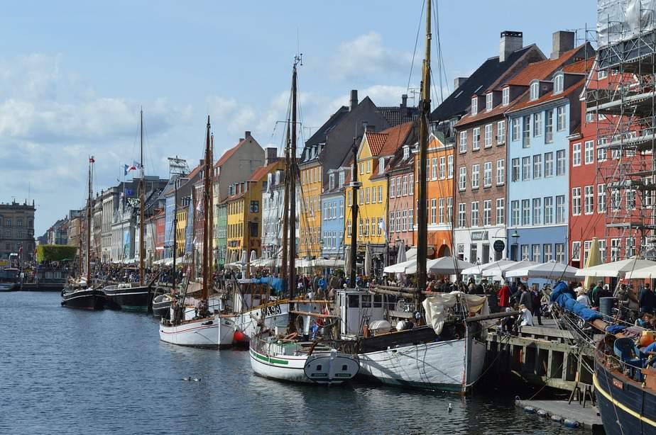 LAX > Copenhagen, Denmark: Flight & 5 nights: $602 – Oct-Dec (Including Thanksgiving)