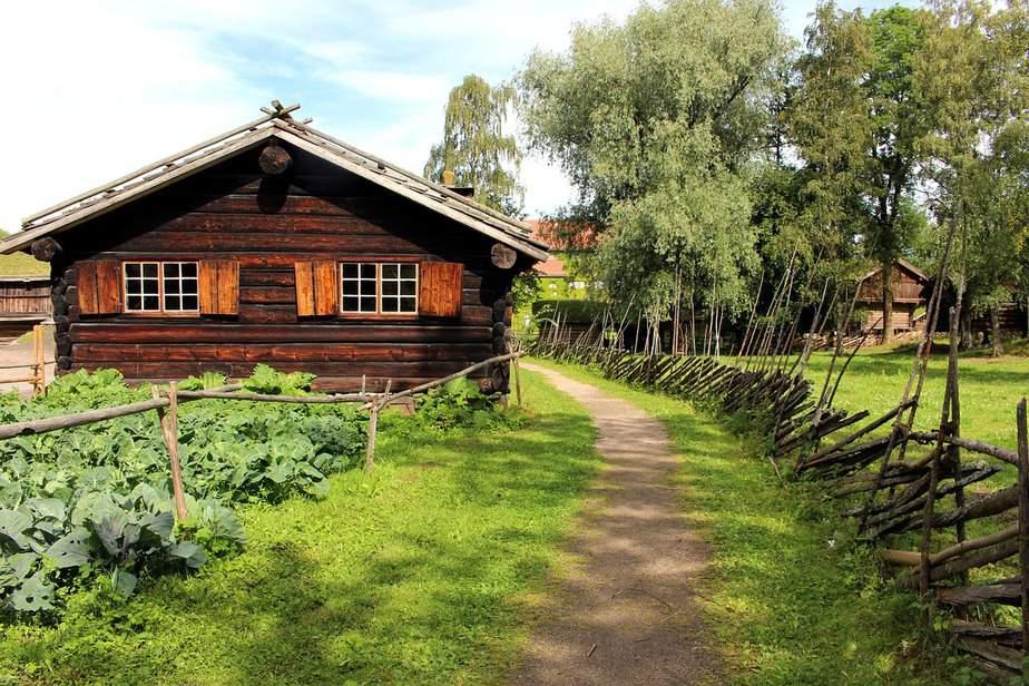 LAX > Oslo, Norway: $293 round-trip – Jan-Mar
