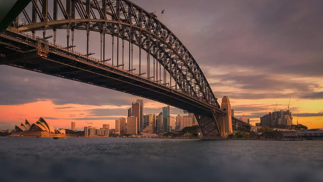 SEA > Sydney, Australia: $784 round-trip – Oct-Dec (Including Thanksgiving)