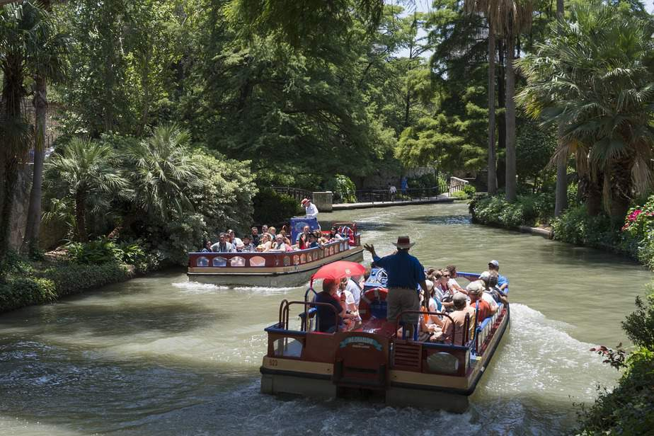 SFO > San Antonio, Texas: From $128 round-trip  – May-Jul (Including Summer Break)